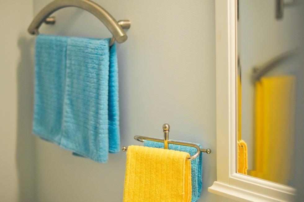 Reliable Accessible Bathroom Renovation Ottawa – Accessible Towel Rack