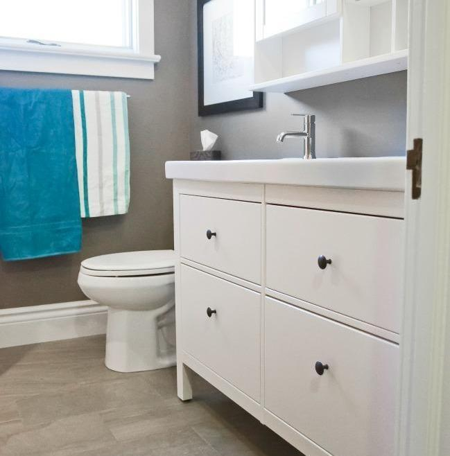 Simple and Clean Bathroom Renovation Ottawa – Window