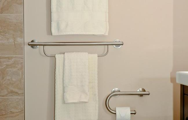 Structure Bathroom Renovation Ottawa – Age-at-home Towel Racks
