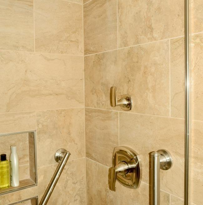 Structure Bathroom Renovation Ottawa – Age-At-Home Shower
